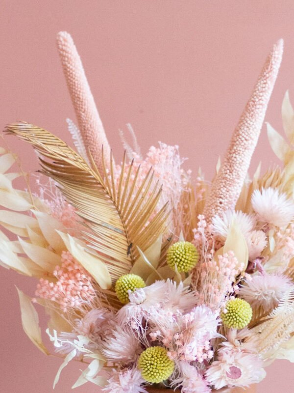 Laura, centro de flores secas y preservadas | Loreak