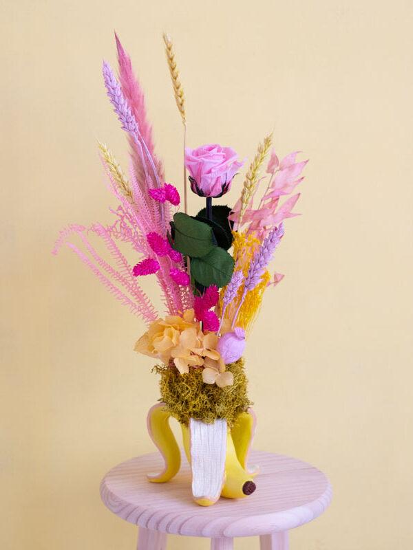 Rose Banana, rosa preservada en recipiente de banana | Loreak