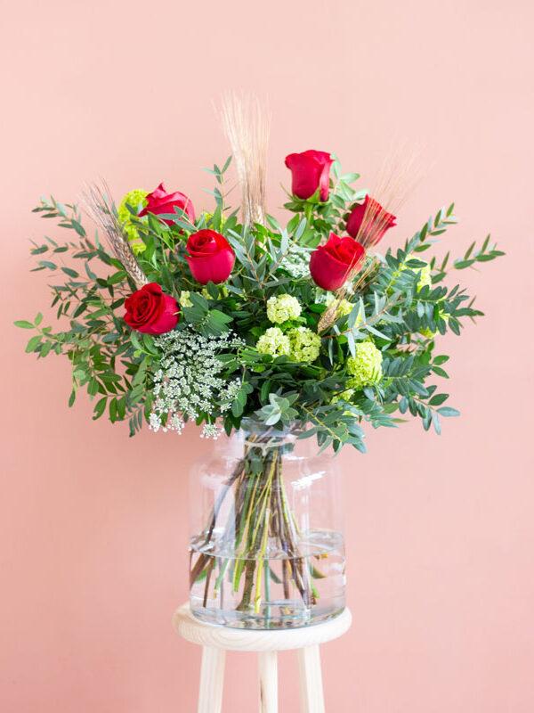 Ramo de rosas rojas de Sant Jordi